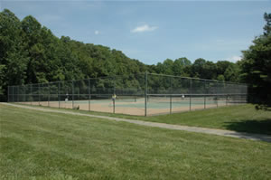 Photo of tennis courts at Homdel Park